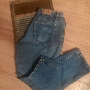 Vintage Lee Riders Hi Waisted Mom Jeans Size 8–10